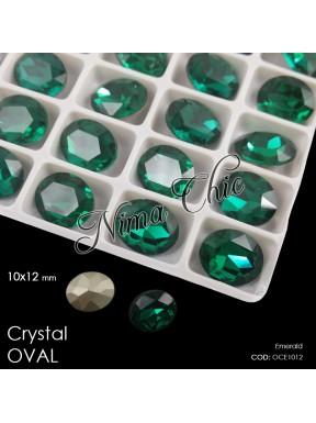 2pz OVALI in cristallo 10x12mm cabochon emerald