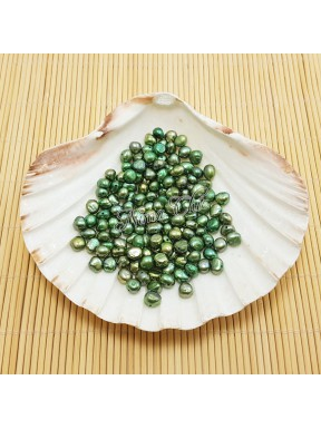 10 Perle di fiume irregolari 6/7 mm Emerald