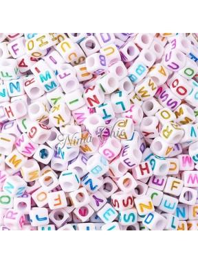 100 PERLE CUBO in Acrilico Lettere alfabeto colori misti 6mm