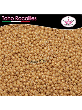 10 gr TOHO ROCAILLES 8/0 opaque lustered dark beige